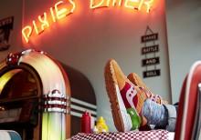 end-saucony-burger-the-medizine