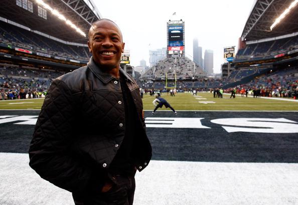 Dr. Dre compra una mansión en Los Ángeles del jugador de NFL Tom Brady