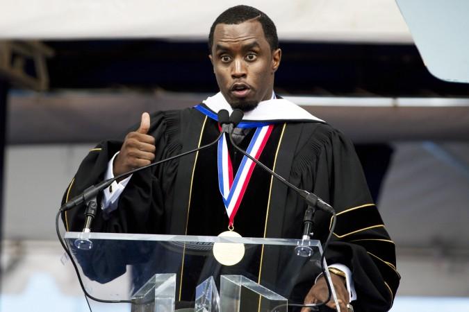 """P.Diddy recibe sus Air Jordan I """"Howard University"""" por su nombramiento como Doctor Honoris Causa en Humanidades"""