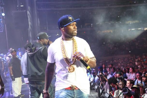 Todos los detalles sobre el robo de la chain de Slowbucks por parte de 50 Cent en el Summer Jam