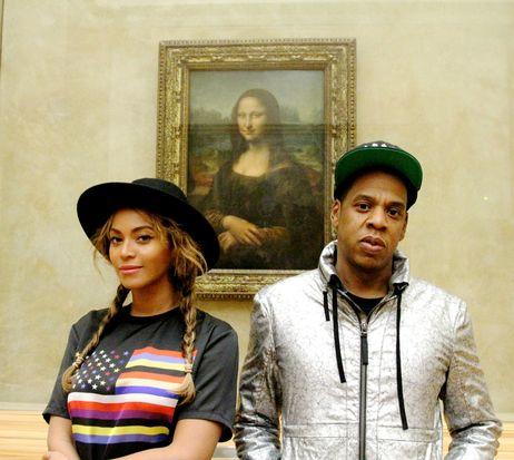 Jay Z y Beyoncé visitan el museo del Louvre