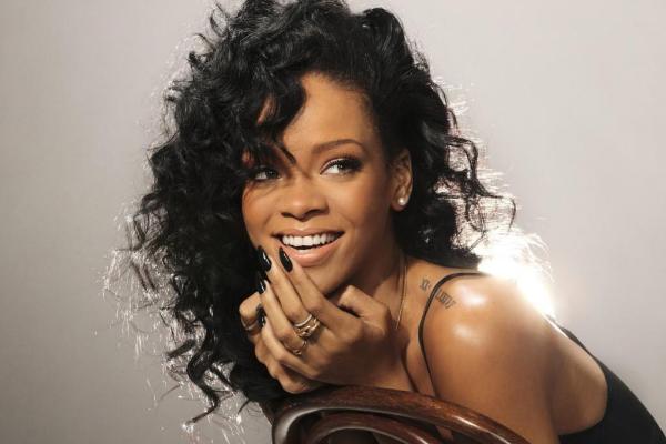 Rihanna podría aparecer en la próxima película de James Bond