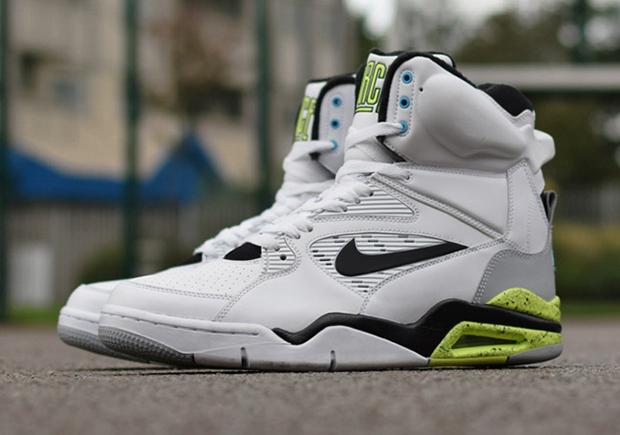 Nike Air Command Force Retro