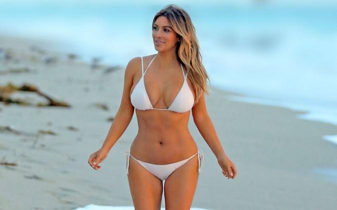Kim Kardashian revela varias de sus intimidades a la revista LOVE