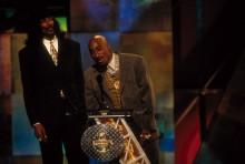 Una carta inédita de Tupac revela que quería formar un supergrupo con E-40, Scarface, OutKast y The Roots