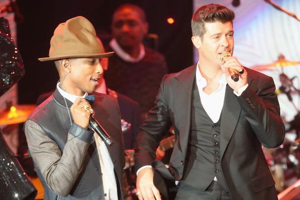 Robin Thicke y Pharrell han ganado más de 5 millones por su éxito 'Blurred Lines'