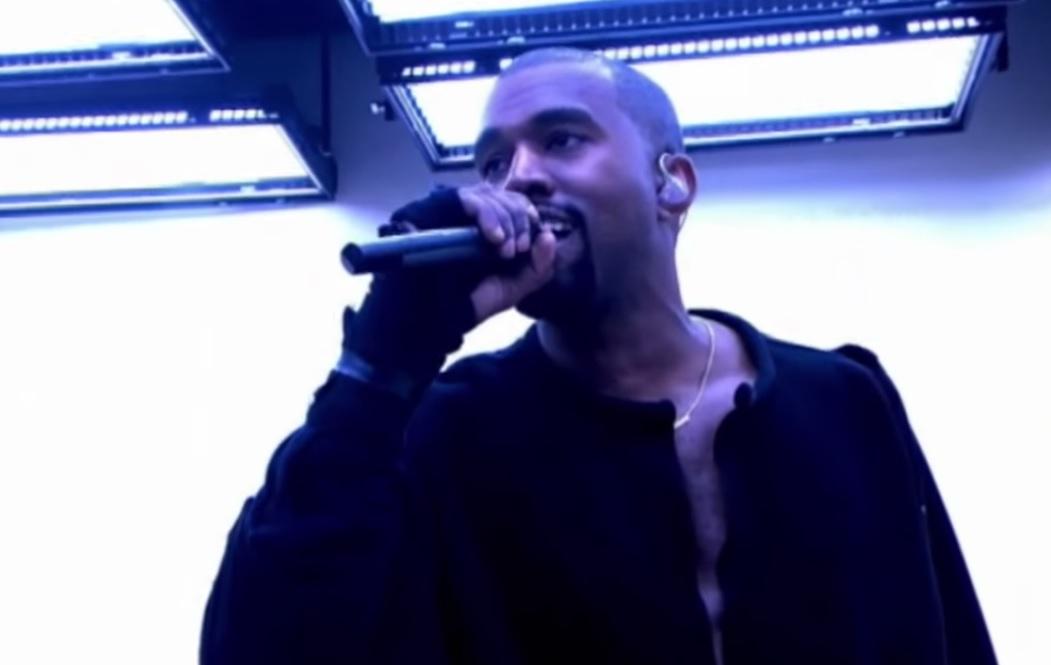 Kanye West estrena el vídeo de 'All Day' durante la París Fashion Week