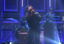 Wale interpreta 'The Girls On Drugs' en The Tonight Show de Jimmy Fallon
