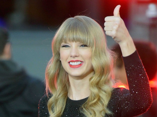 Taylor Swift en camino de ganar 1 millón de dólares al día