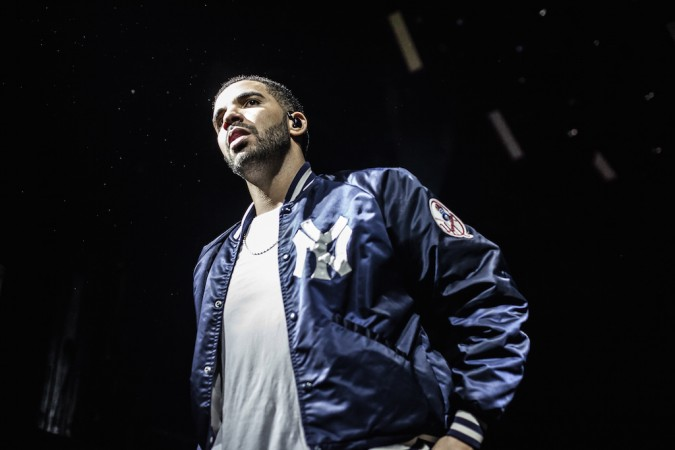 Drake lanza 'One Dance' y 'Pop Style' con Kanye West y JAY Z