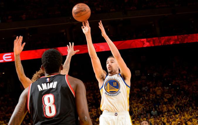 Klay Thompson bate uno de los récords de Stephen Curry