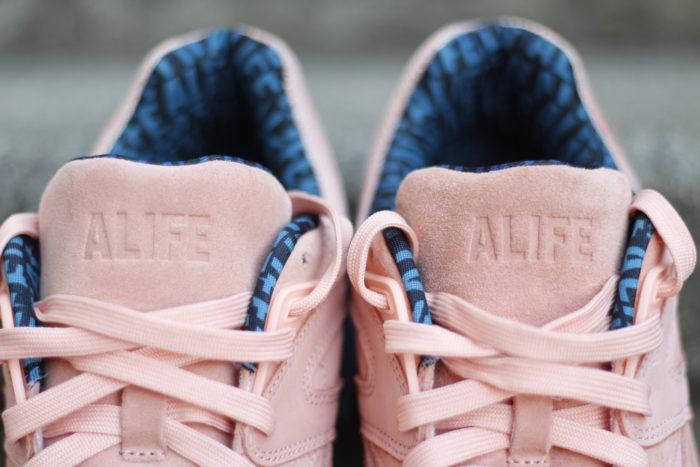 MG 8458 700x467 - Analizamos las PUMA x ALIFE 'R698' en #SneakersTV