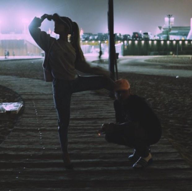 Ariana Grande y Mac Miller se juntan en 'Into You'