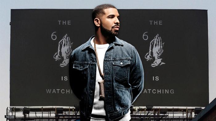 Drake le pilla el gusto a colocar vallas publicitarias para lanzar mensajes