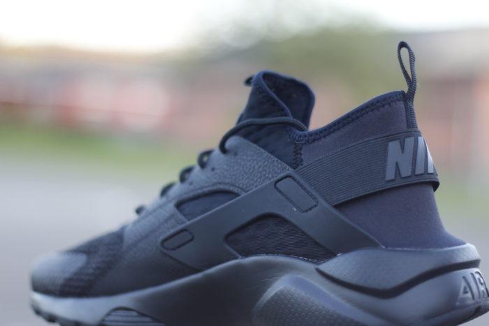 huarache 3 700x467 - Review NIKE 'Air Huarache Ultra Breathe' #SneakersTV