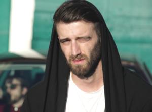 Juancho Marqués estrena 'Blue Sundays' con el vídeo 'Quiero Marcharme'