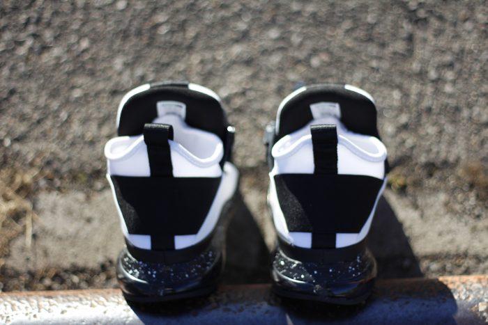 2 1 700x467 - Review PUMA x MCQ 'Cell Mid' en #SneakersTV