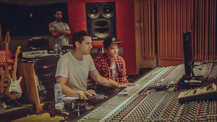 Demandan a Bruno Mars y Mark Ronson por copiar 'Uptown Funk'