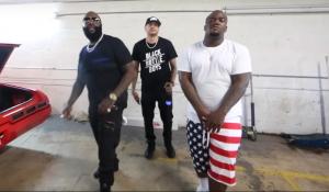 Rick Ross, Yo Gotti y Troy Ave se unen a Mr. Mauricio en 'Paper Plates'