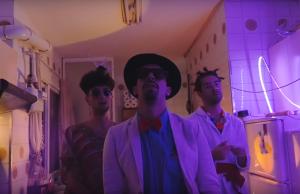 Locoplaya vuelven al juego con el vídeo de 'Crazy'