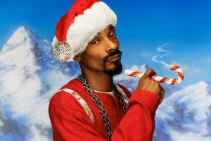 10 temas navideños para que sustituyas los villancicos en Navidad