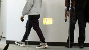 Cazan a Kanye West con unas nuevas Yeezy Runner