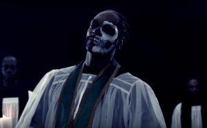 Snoop Dogg también se atreve sobre ritmos de trap en 'Legend'