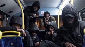 El Daily Mail vuelve a liarla utilizando una imagen de los Section Boyz en un artículo de violencia entre bandas