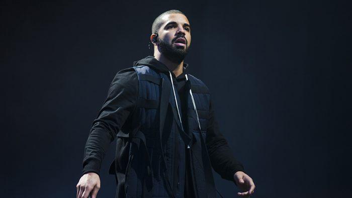 Drake acusado de islamofobia por sus comentarios a una chica durante un concierto