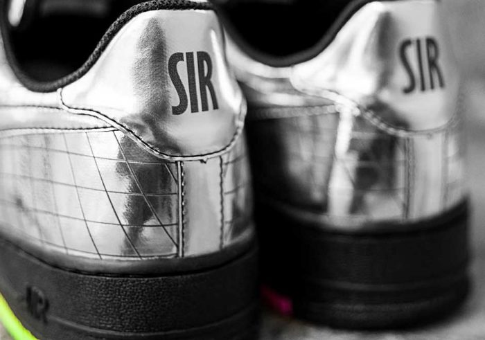 nike air force 1 jet elton john 3 700x491 - Nike Air Force 1 Jet, las zapatillas diseñadas exclusivamente para Elton John