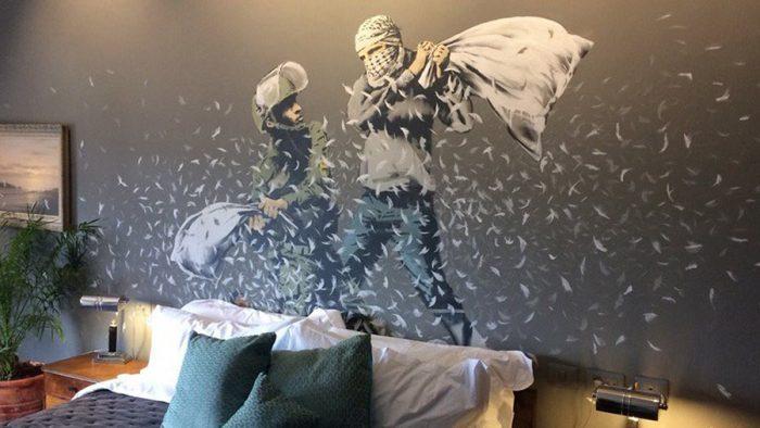 Salen a la luz nuevas imágenes del hotel que Banksy ha abierto en Belén