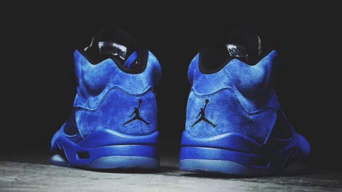 Air Jordan 5 Blue Suede 2 700x394 - Jordan romperá el verano con las Air Jordan 5 'Game Royal'
