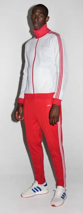 Nervio Prestigio formar  Adidas Originals relanzará su clásico chándal de los 70 con las tres rayas