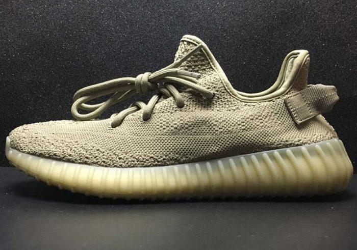 adidas yeezy boost 350 v2 dark green release info 1 700x491 - Kanye West estrena nuevo color en las Yeezy Boost 350 V2 'Dark Green'