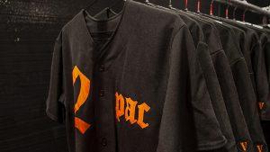 A$AP Bari abre la tienda para su colección VLONE x Tupac