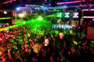 Razzmatazz estrena abril con un fin de semana de fiesta a lo grande