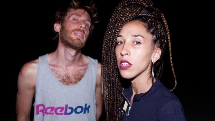Este viernes MUEVELOREINA llevan su «electrapical» a Razzmatazz