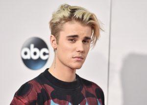 Justin Bieber atropella a un paparazzi accidentalmente