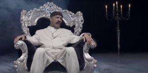 Dennis Graham, el padre de Drake, estrena su clip 'Kinda Crazy'