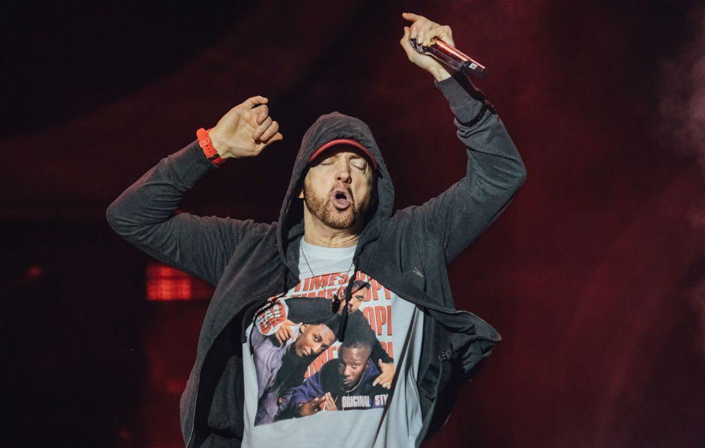 Eminem muestra 'Walk on Water' de su álbum y anuncia la fecha de salida