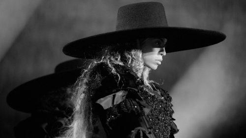 Beyoncé pone a subasta el famoso sombrero de 'Formation'
