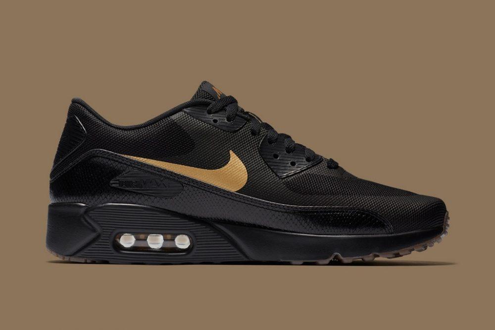 nike new year black and gold pack 3 1000x668 - Nike empezará 2018 con un exclusivo pack en negro y oro