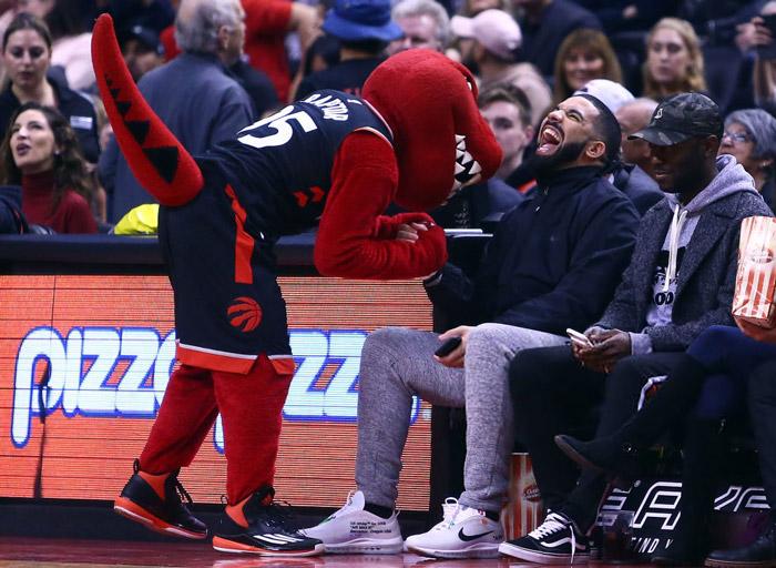 Drake y los Toronto Raptors expanden su asociación