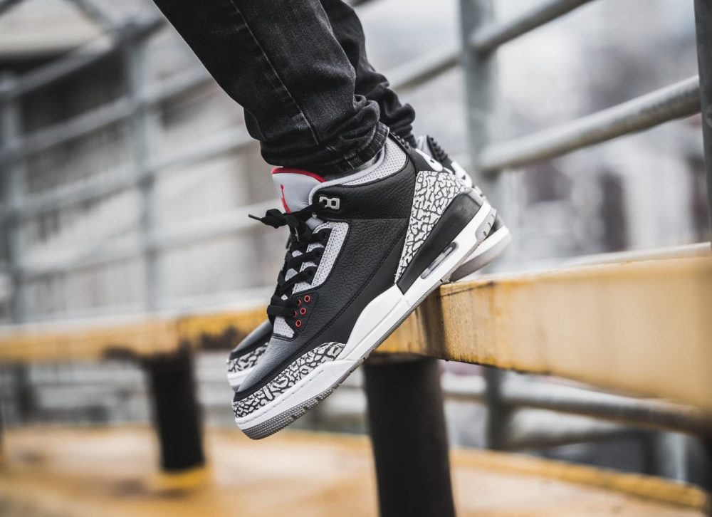 aj3 feet 1 1000x726 - ¡Sorteamos unas Air Jordan 3 OG 'Black Cement'!