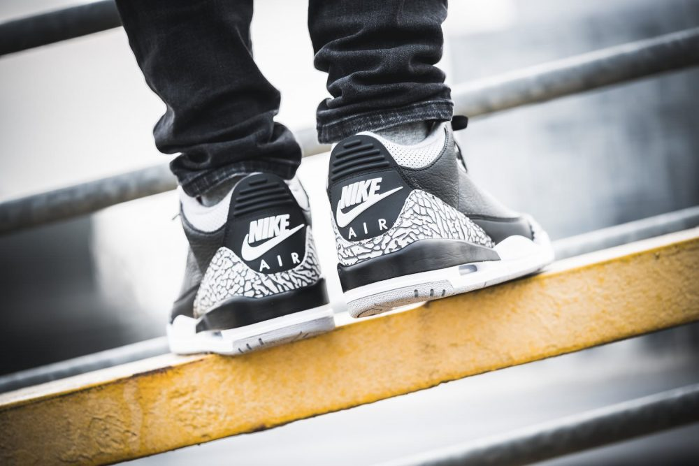 aj3 feet 3 1000x667 - ¡Sorteamos unas Air Jordan 3 OG 'Black Cement'!