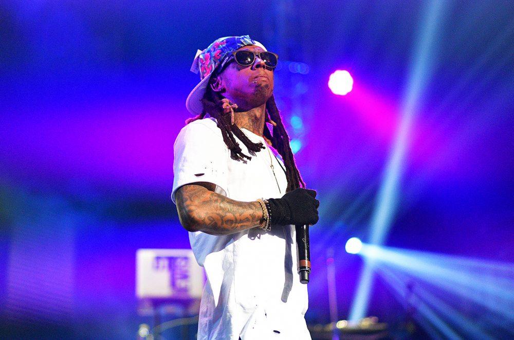 Lil Wayne amenaza con disparar a quien tire cosas al escenario