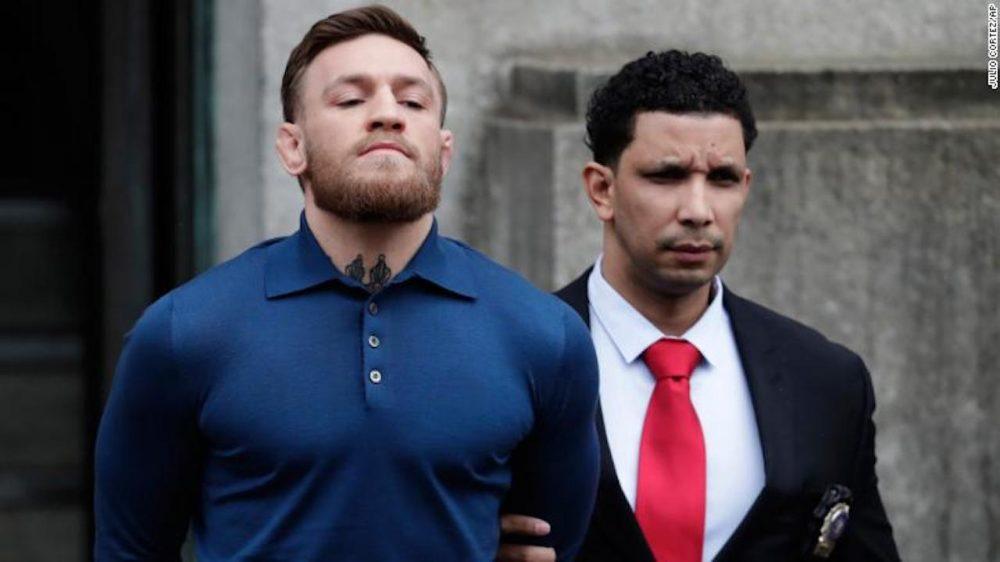 McGregor se enfrentará a 7 años de cárcel por atacar a un bus de la UFC