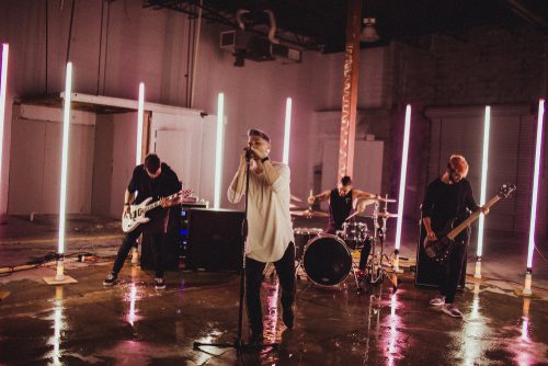 Fame On Fire se atreven a hacer la versión punk del 'SAD!' de XXXTENTACION