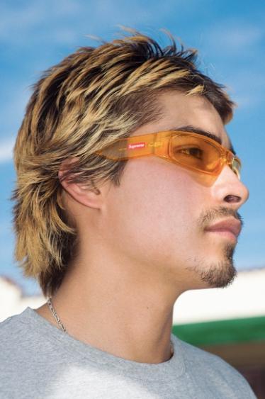 5 2 - Así son las gafas de sol del nuevo drop de Supreme