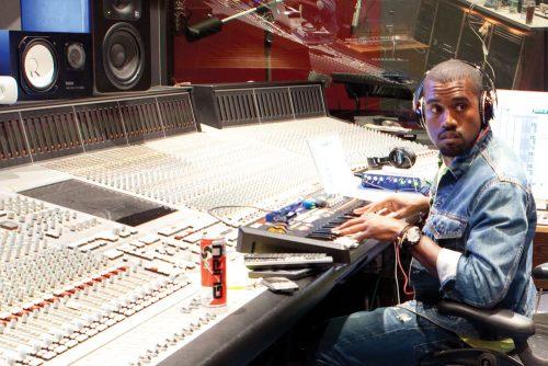 Kanye West anuncia el tracklist de sus próximos proyectos